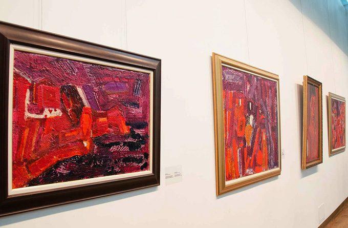"""Изложбата """"Генко Генков (1923 - 2006) - портрети и пейзажи"""" (до 31 август т.г.) показва най-новото дарение, което неотдавна получи галерия """"УниАрт"""" на НБУ. Снимка: © nbu.bg"""